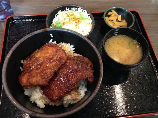ソースカツ丼 福島 有名