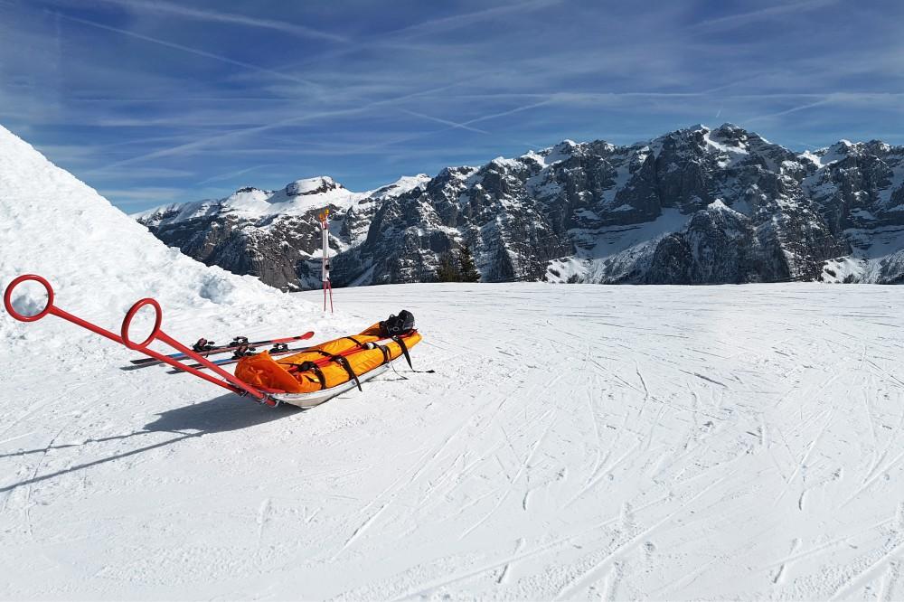 スキー 事故 防ぐ