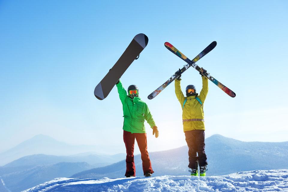 スキーとスノボ