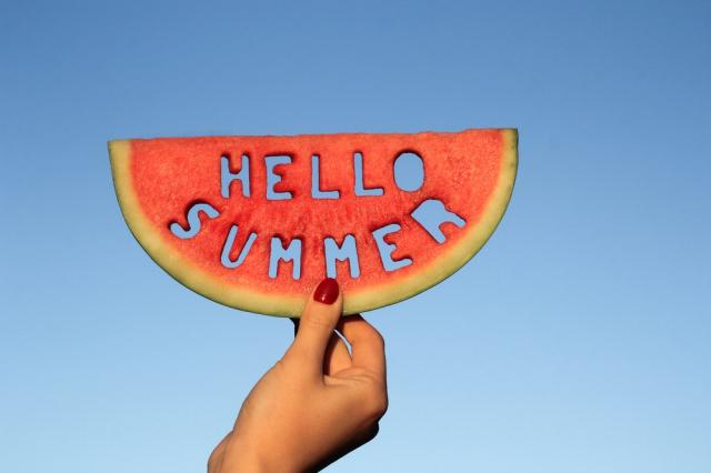 夏はスイカ