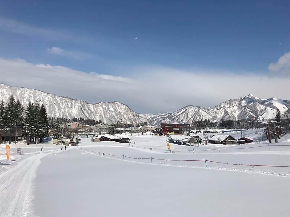 湯沢中里 スノーリゾート