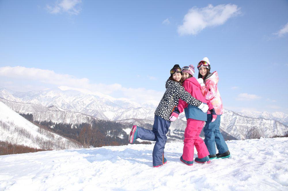 日帰り スキーツアー