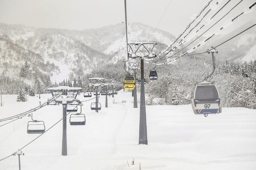 スキー リフト 怖い