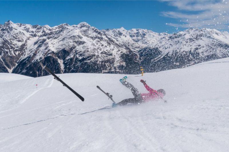 スキー 怪我