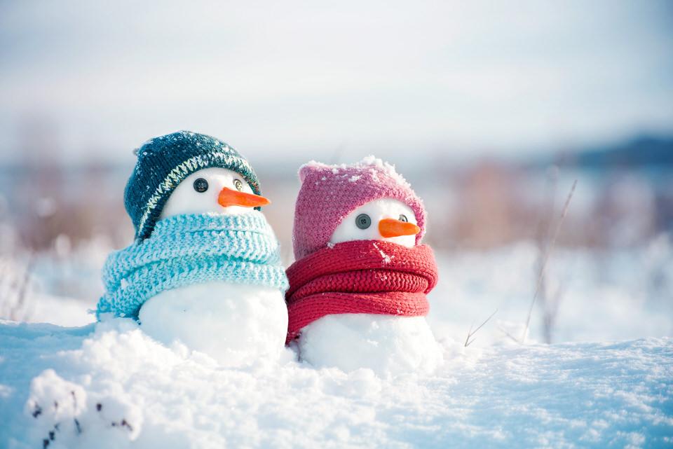 ニット帽の雪だるま